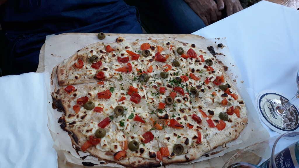 Mediterraner Flammkuchen