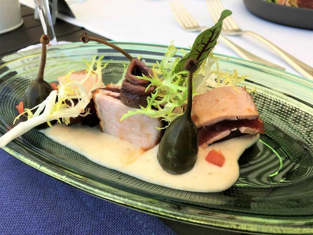 Vitello tonnato - Big Eye Thunfisch mit geschmortem Milchkalb und Thunfischcrème -