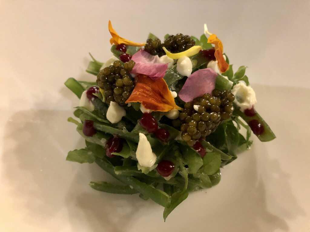 Grüner Bohnen-Salat mit Imperial Kaviar-Creme und Himbeer-Paste