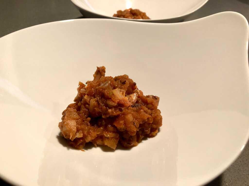 Pulpo-Ragout mit pikanter Tomate Cœur de Boeuf