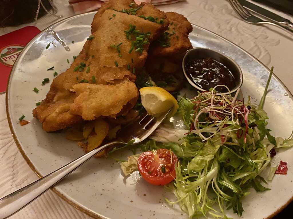 Kalbsschnitzel mit Bratkartoffeln II