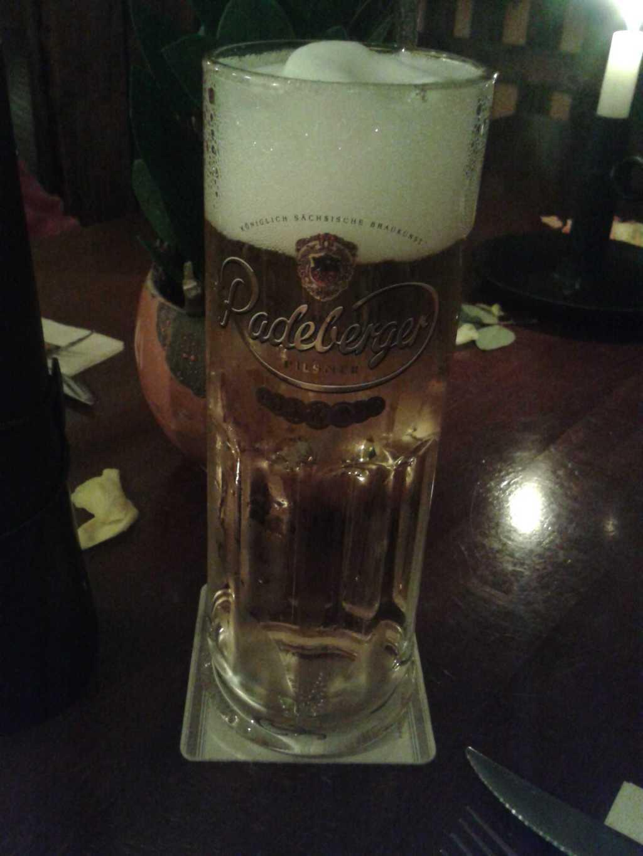 0,5ér Radeberger Pilsner für 3,60 €