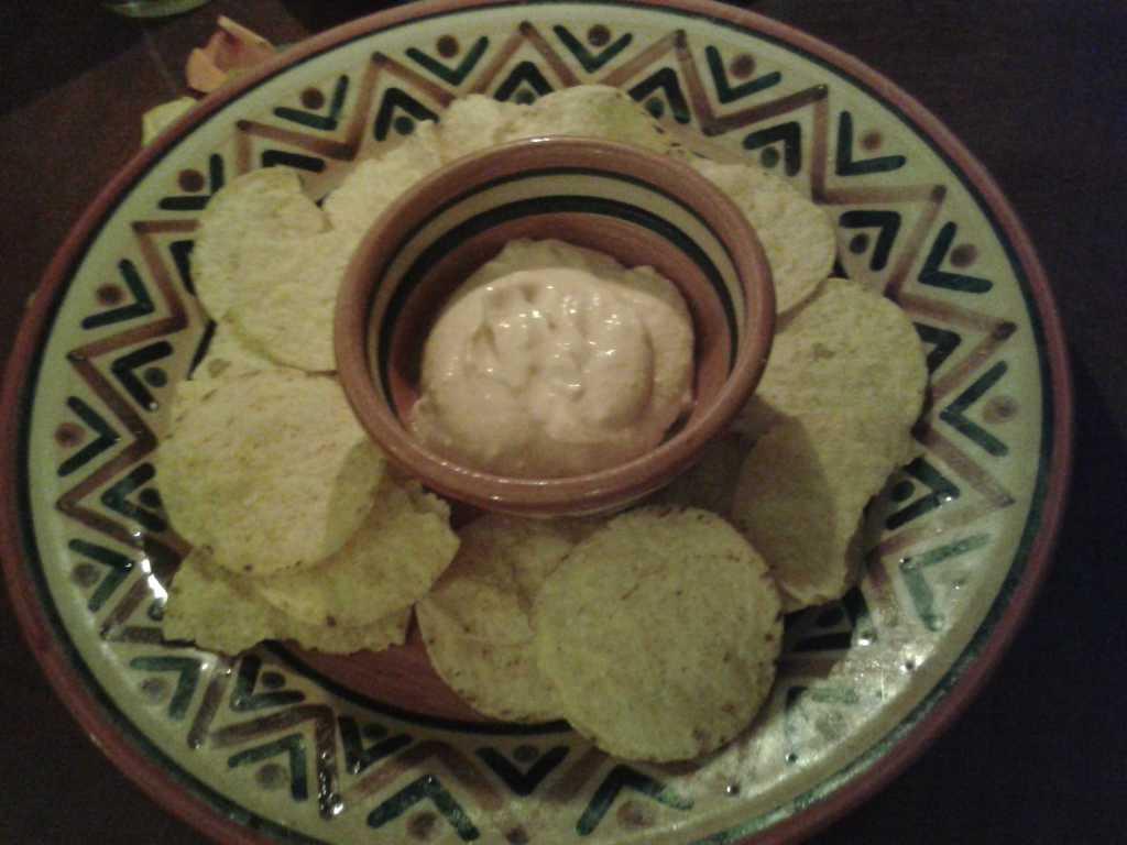Gruß der Küche: Tacos und Käsedip