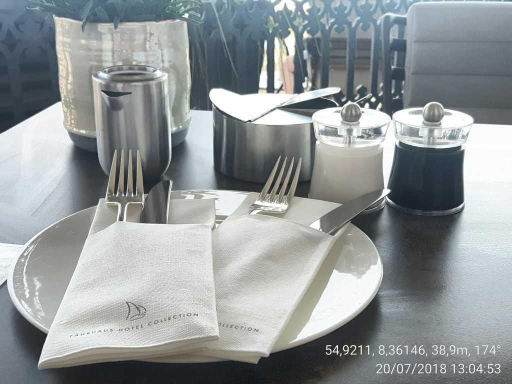 Tisch mittags