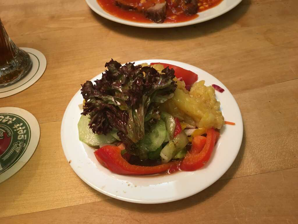 Salatauswahl vom Büffet