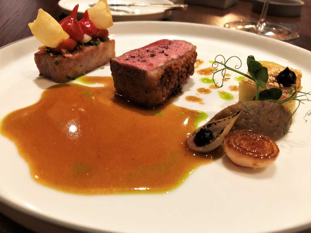Lamm vom `Hofgut Polting´ |  Japanische Aubergine | Pimientos | Black Garlic