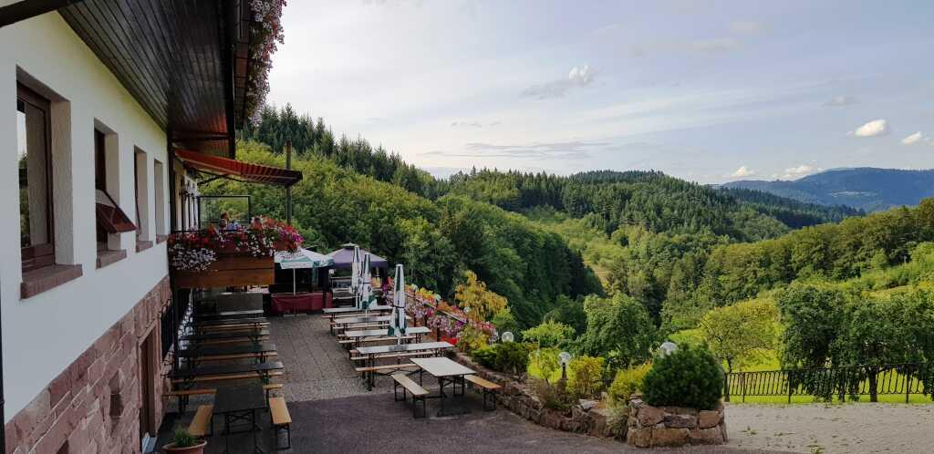 Freie Plätze mit Panoramablick
