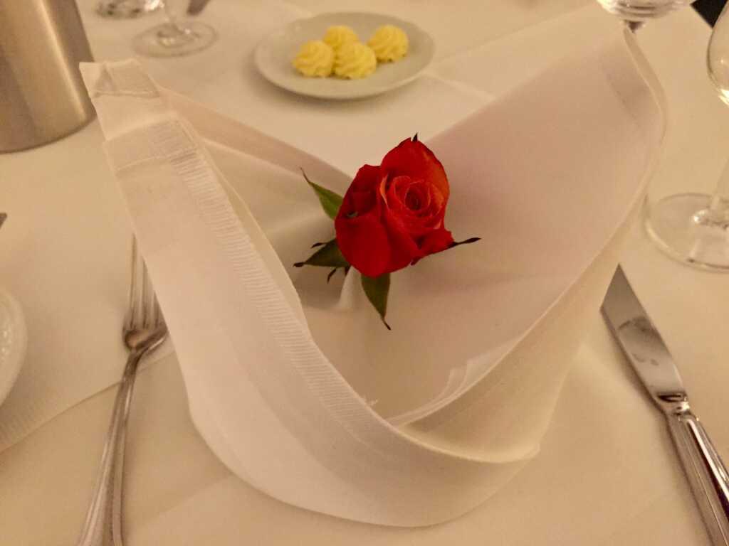 Tischrose zum Valentinstag
