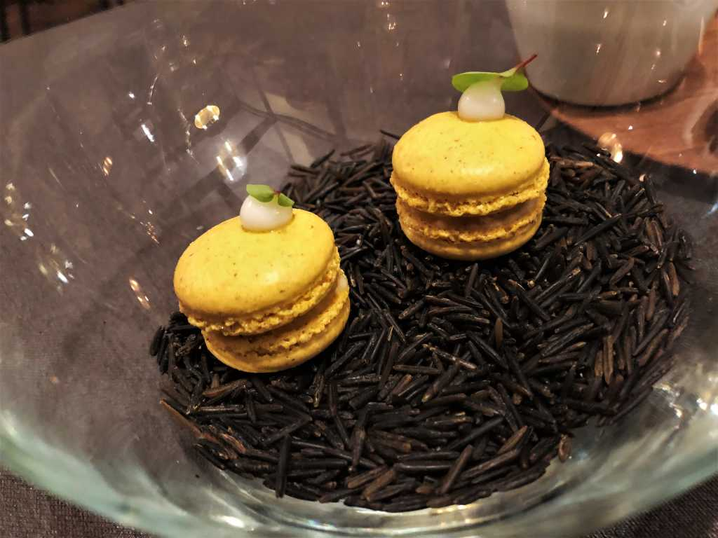Kürbis-Macaron