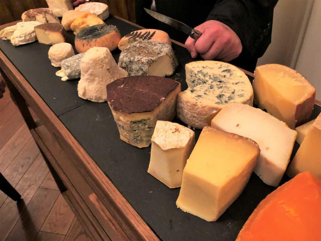 Käse vom Wagen / Volker Waltmann / Erlangen