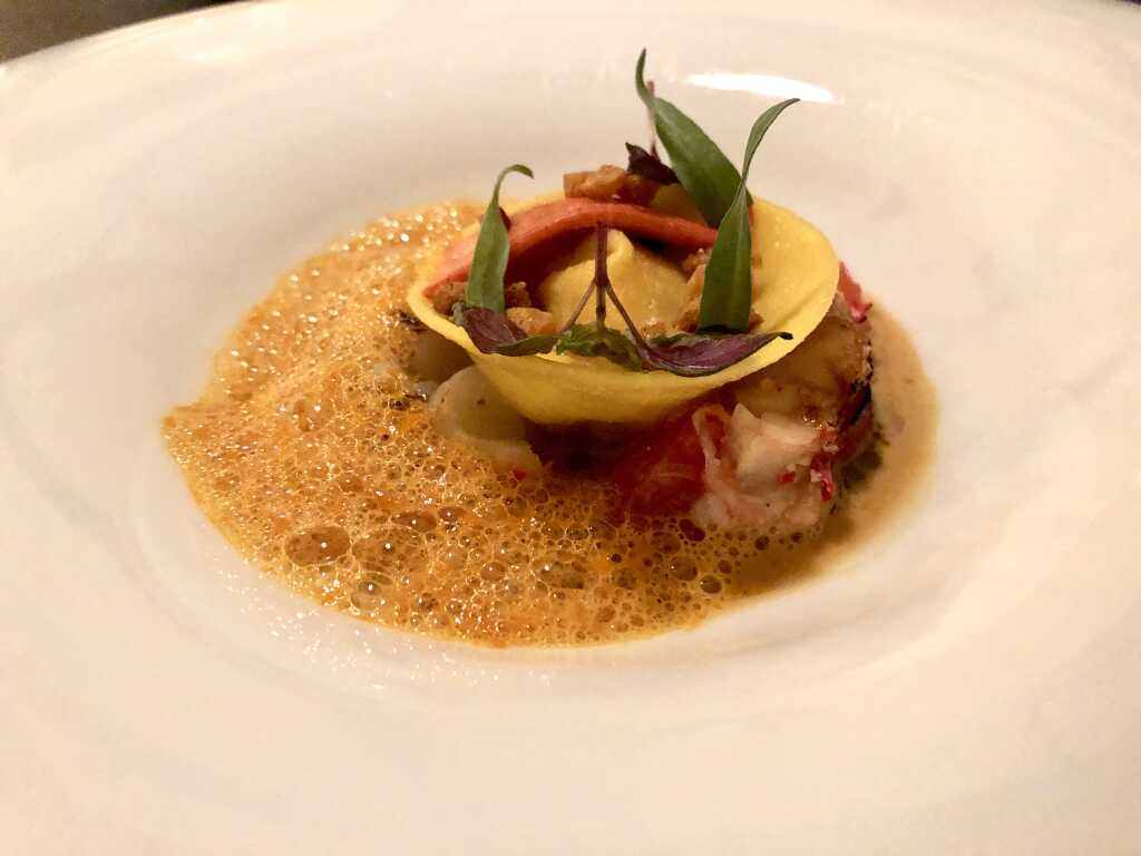Hummer, Puntarelle, kandierte Grapefruit, Tortelloni