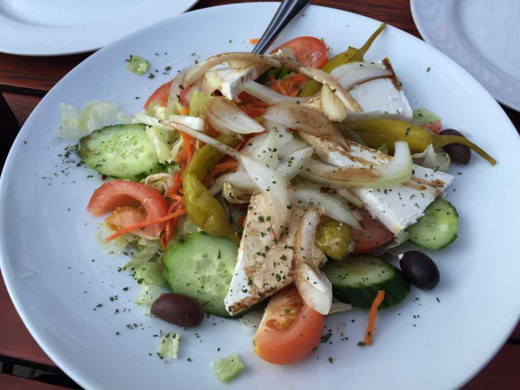 Salatbeilage für vier Personen