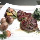 Foto zu Landhotel Steiner: Rumpsteak mit mediterranem Gemüse