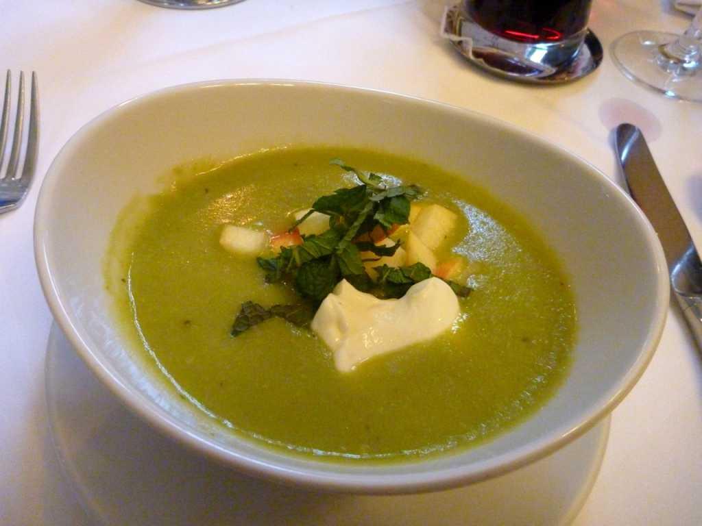 Erbsen-Apfel-Suppe