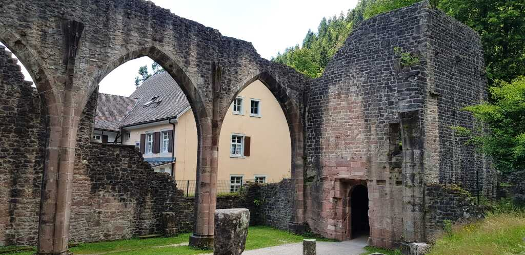 Ruine + Gaststätte