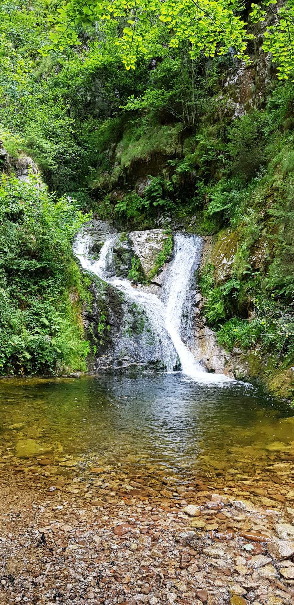 Herzlicher Wasserfall