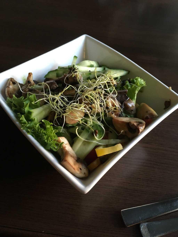 Kleiner gemischter Salat.