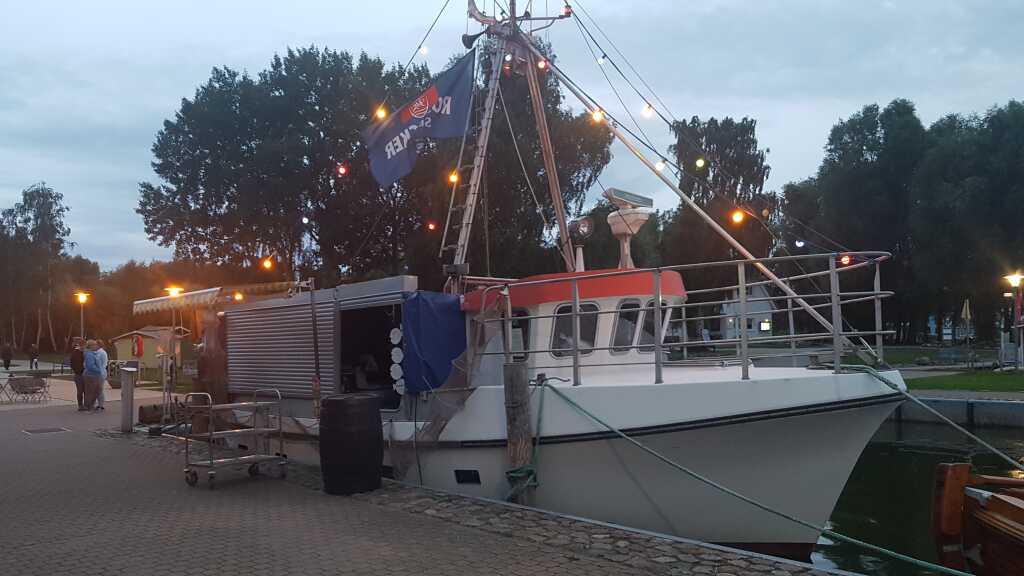 das Räucherschiff