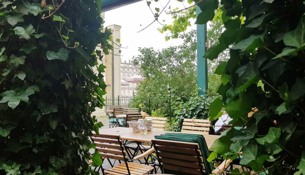 Ein schöner Platz im Freien