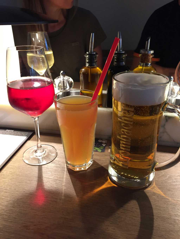 Apfelsaftschorle & Cabernet Sauvignon Rose & Krombacher Pils