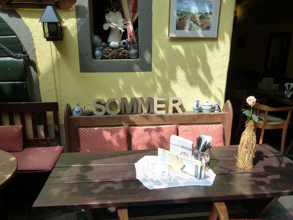 Platz für Herrn und Frau Sommer :-)