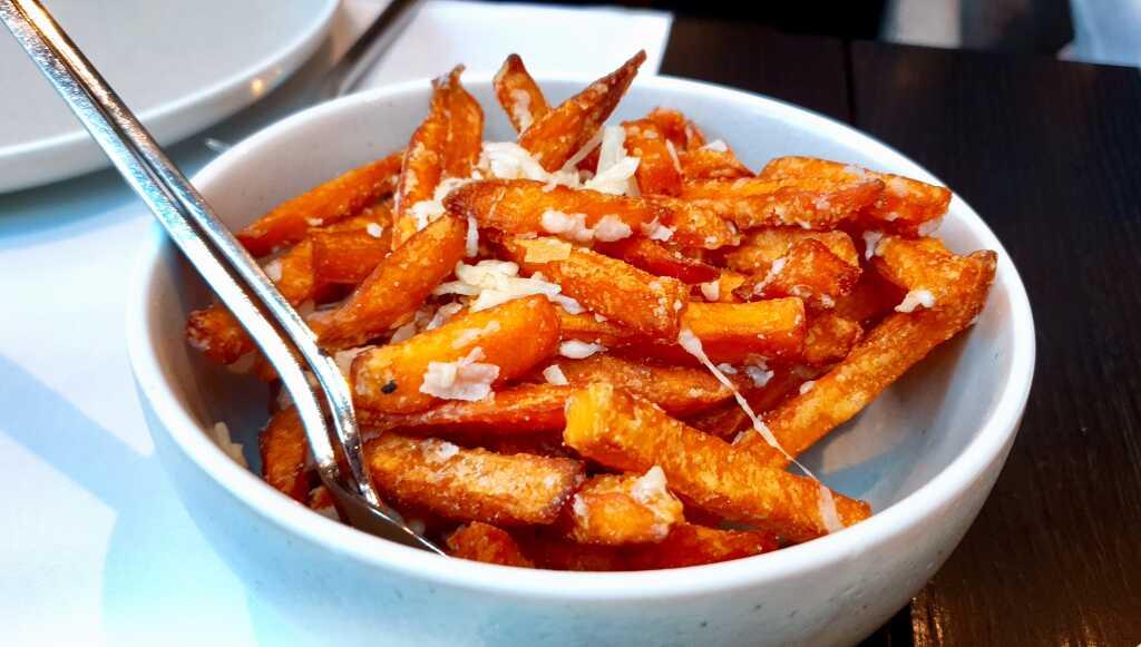 Süßkartoffel mit Parmesan-Spänen (Schleck...)