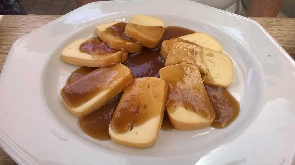 Limburger in Balsamico-Arikosen-Soße