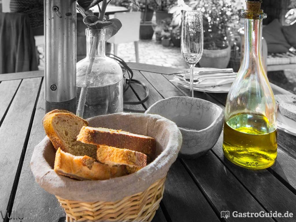Brot, Fleur de Sel, Olivenöl
