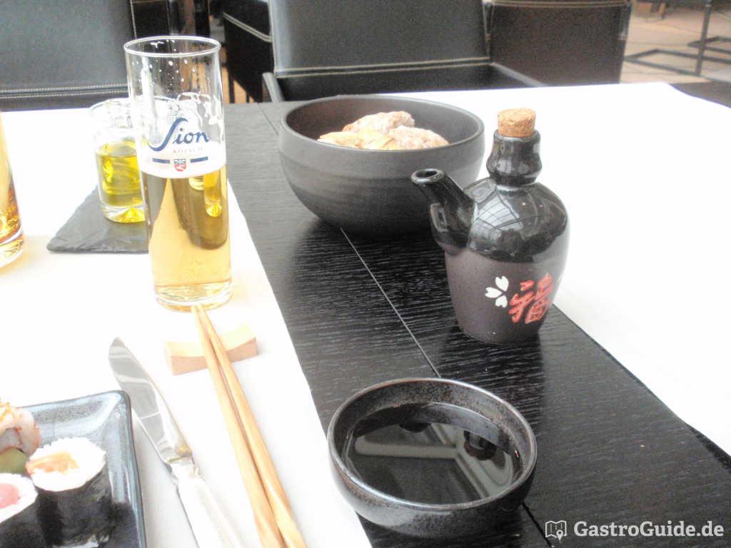 Sion Kölsch, Brot, Öl, Sojasoße