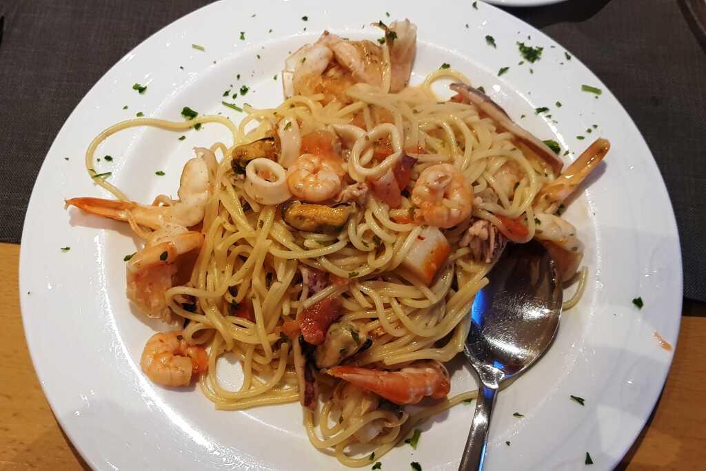 Spaghetti Mare mit Weißweinsauce