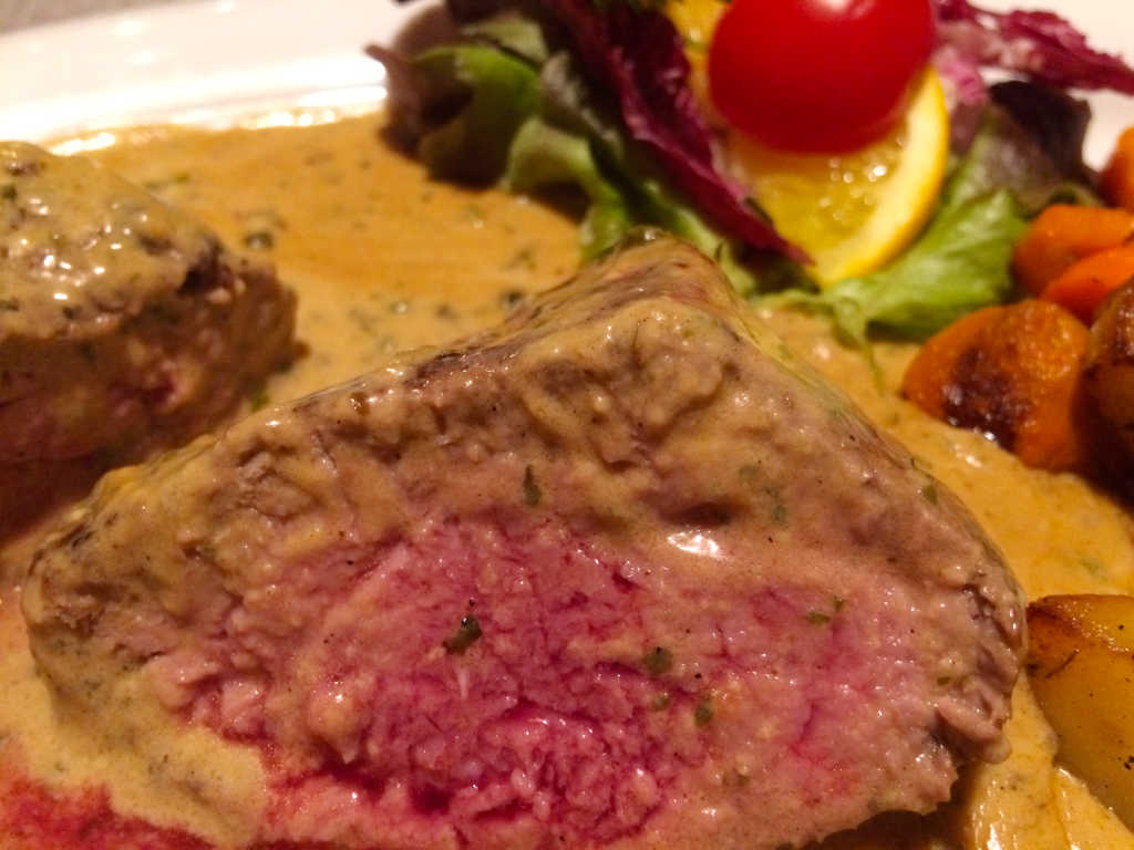 Filet-Steak im Anschnitt