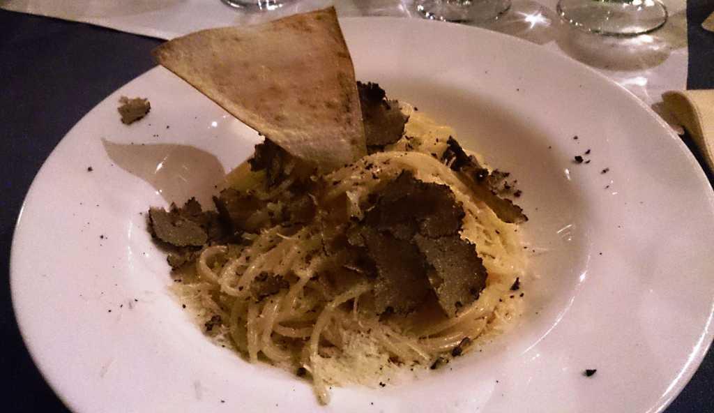 Spaghetti mit frischen Trüffeln