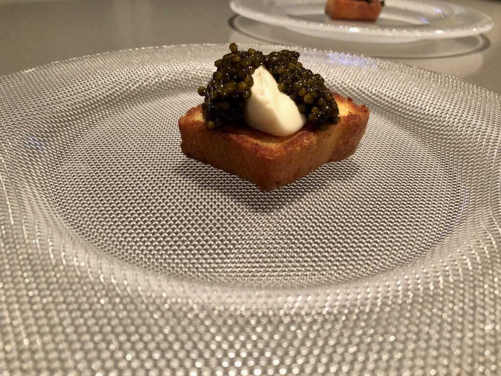 Kaviar – Brioche – Veilchen