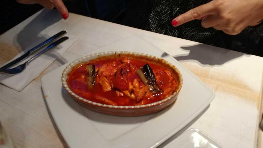 Hühnerbrust in Tomatensoße