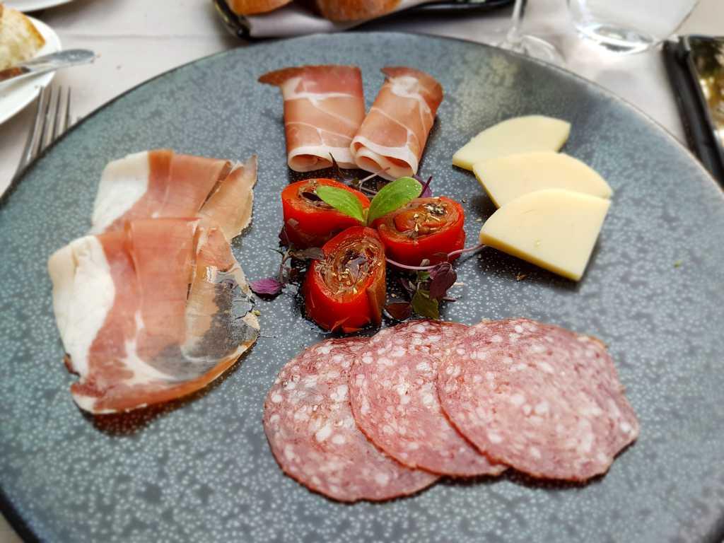 Salami, Schinken, Speck und toller Pecorino