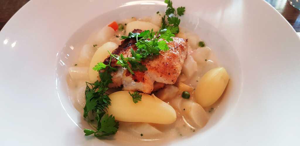 Hechtfilet - Spargelragout - Kartoffeln