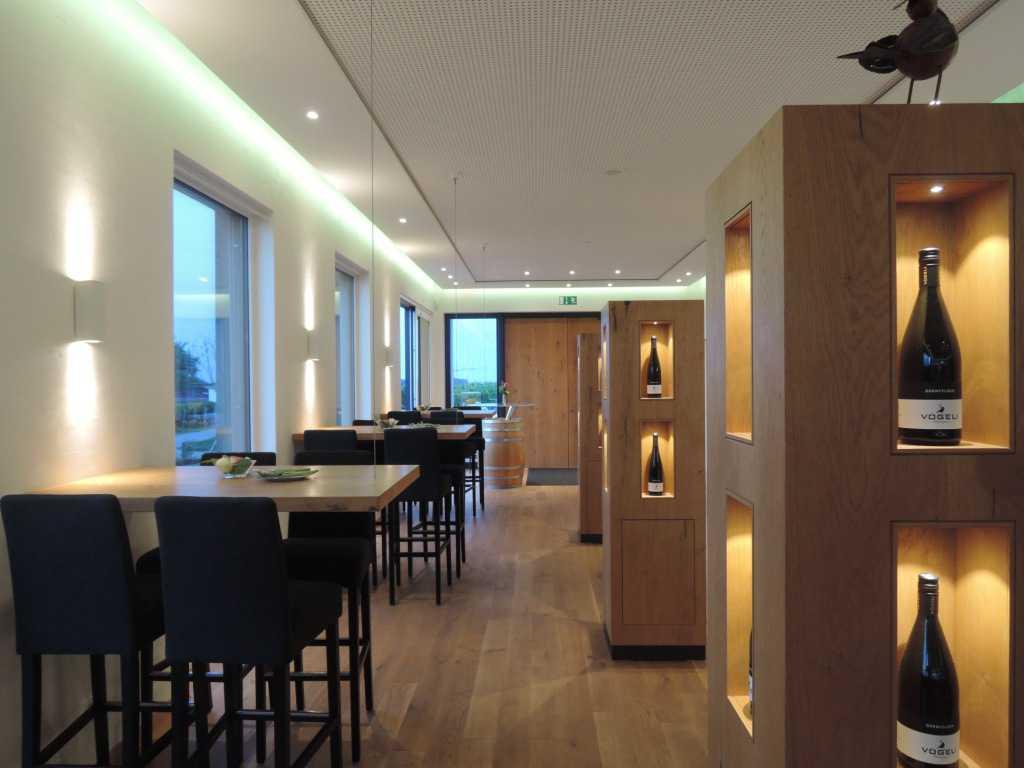 v geli 39 s weinnest restaurant weinstube in 76829 landau in der pfalz. Black Bedroom Furniture Sets. Home Design Ideas