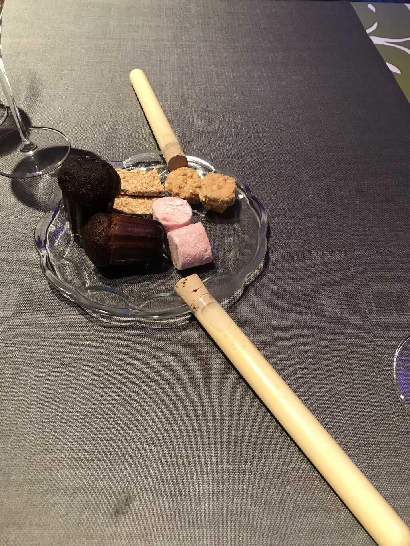 Der krönende Abschluß: Süßigkeiten und selbstgemachter Eierlikör