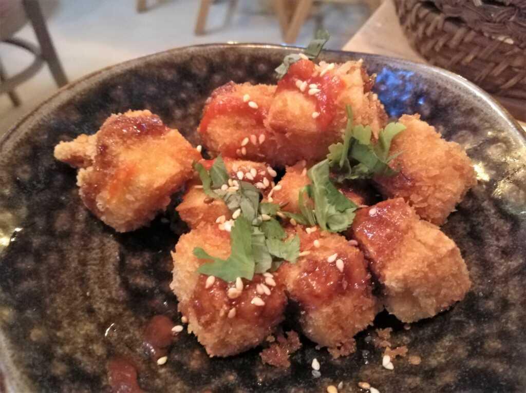 Crispy Honey Siracha Tofu