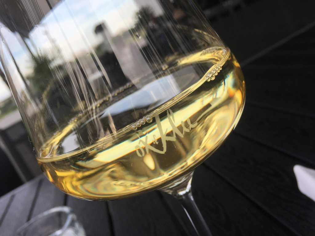 Wein im Ox & Klee-Glas