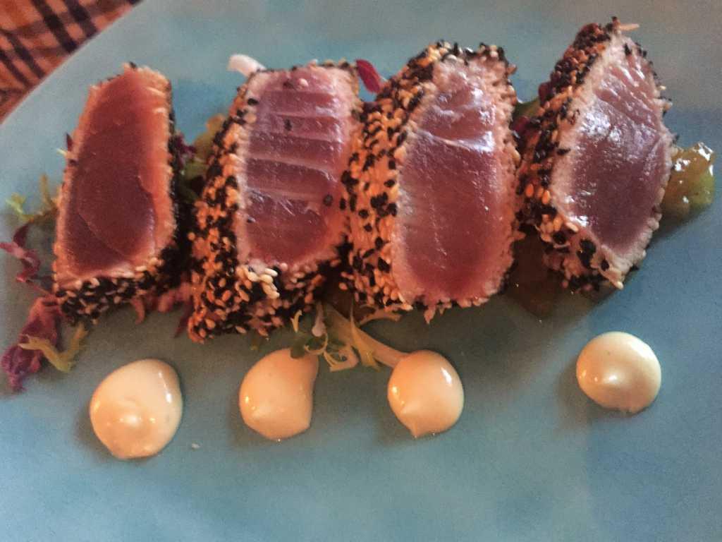 Thunfisch / Sesammantel / Wasabimayo