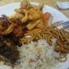 geschmortes Rindfleisch mit Zwiebel (scharf) - sehr sehr geil, Thai Curry mit Jakobsmuscheln, auch geil