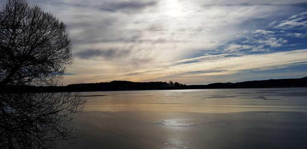 Der Bostalsee mit Blick zur verborgenen Seezeitlodge