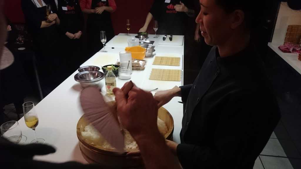 Reiskühlung in Handarbeit