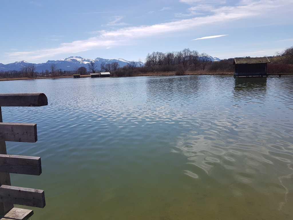 Der See vordem Gasthof