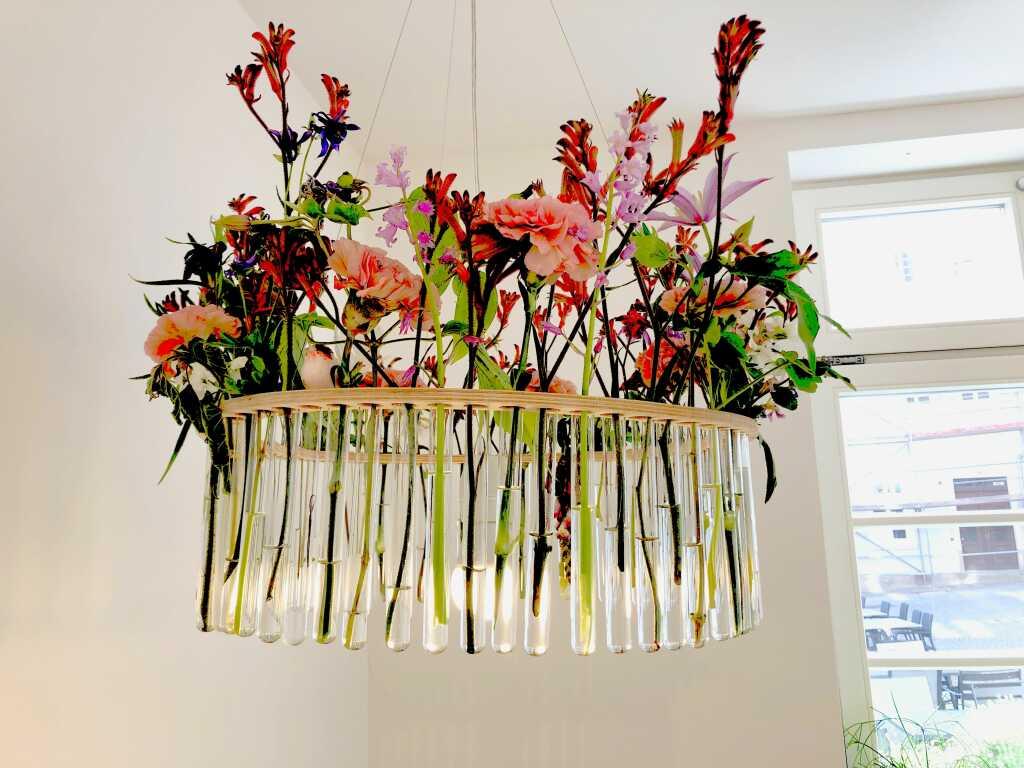 Blumenkandelaber