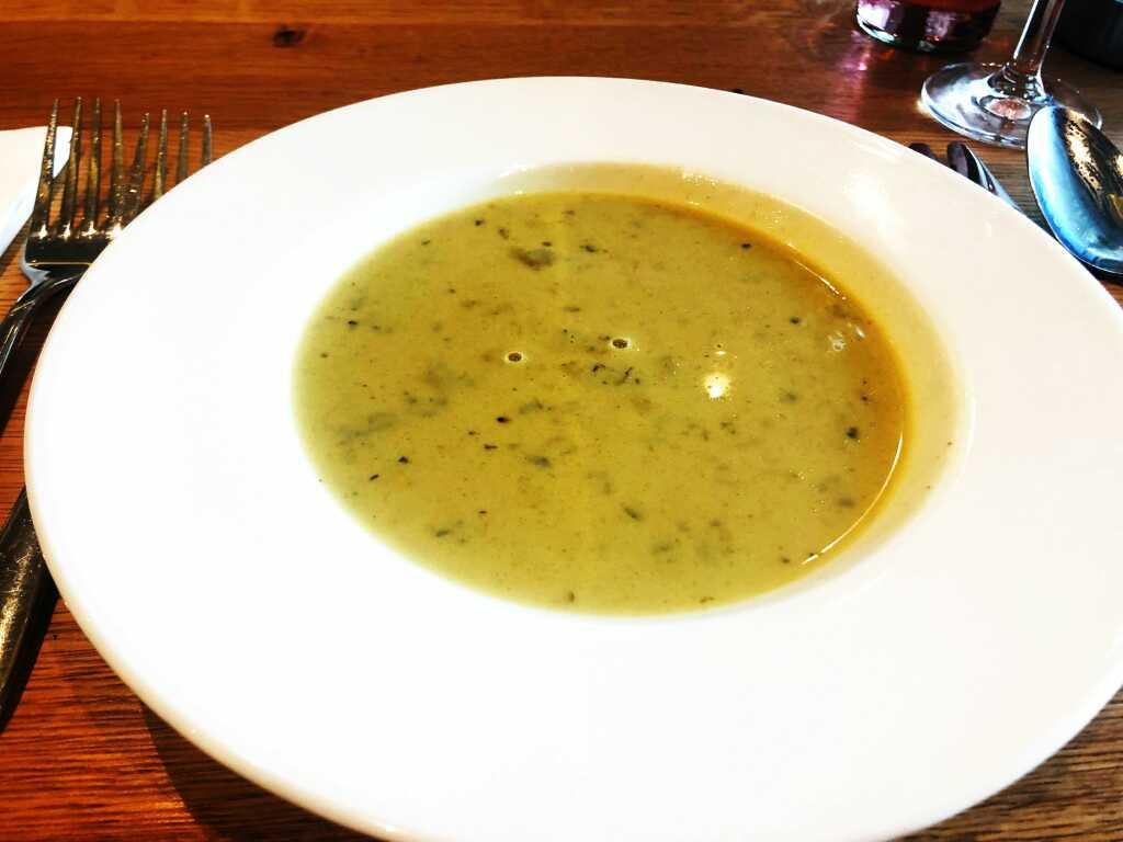 Kräutercreme-Suppe