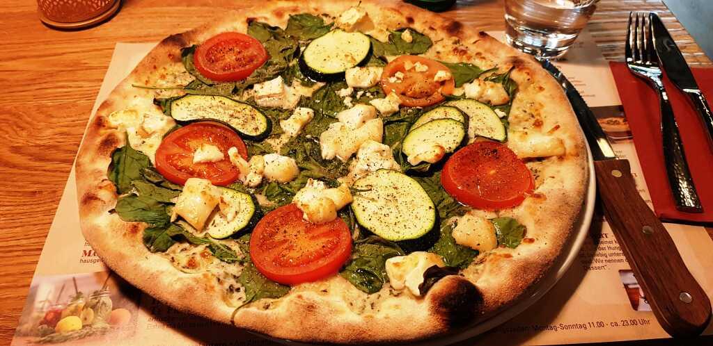 Pizza Bianca Verdura e Capra
