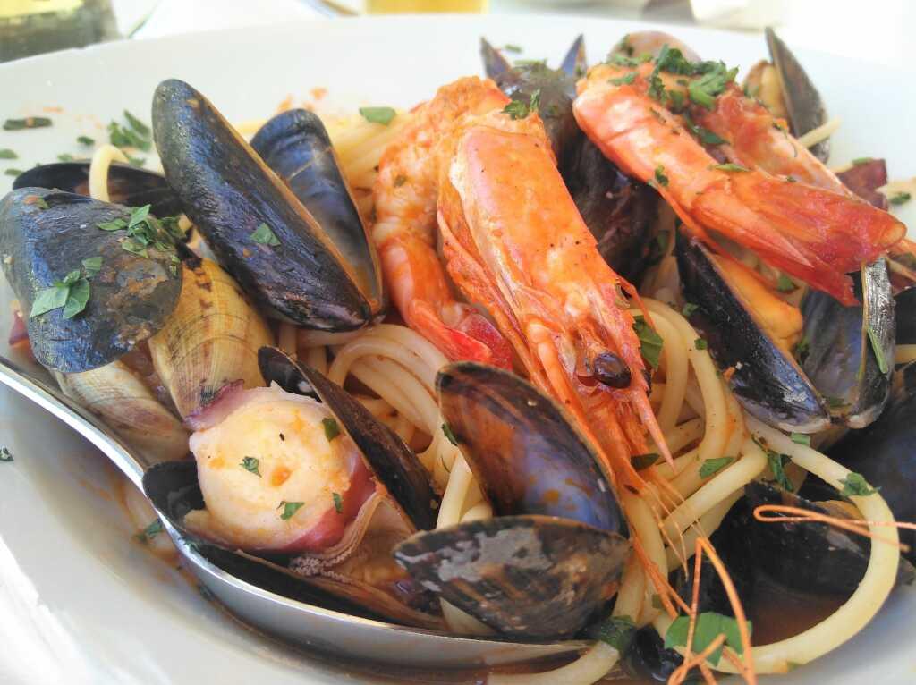 Spaghetti Cartoccio (mit Meeresfrüchten)