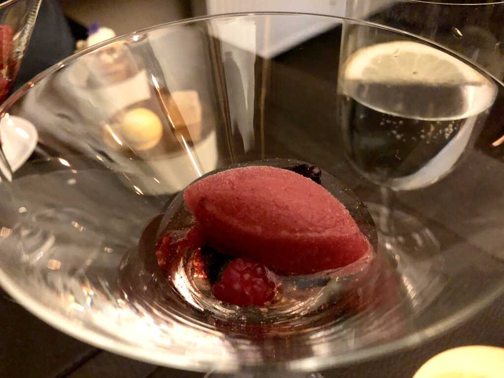 Himbeersorbet & Champagnersüppchen